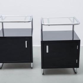 2 kleine Sideboards