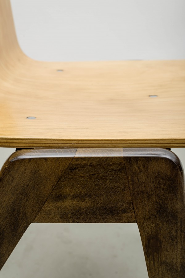 Schichtverleimter Stuhl