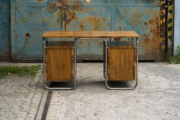 Stahlrohr Schreibtisch