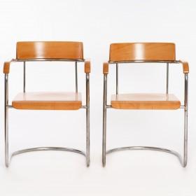 2 Freischwinger Sessel