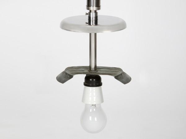 Funktionalistische Deckenlampe