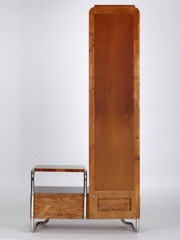 Nussbaumfurnier Garderobe
