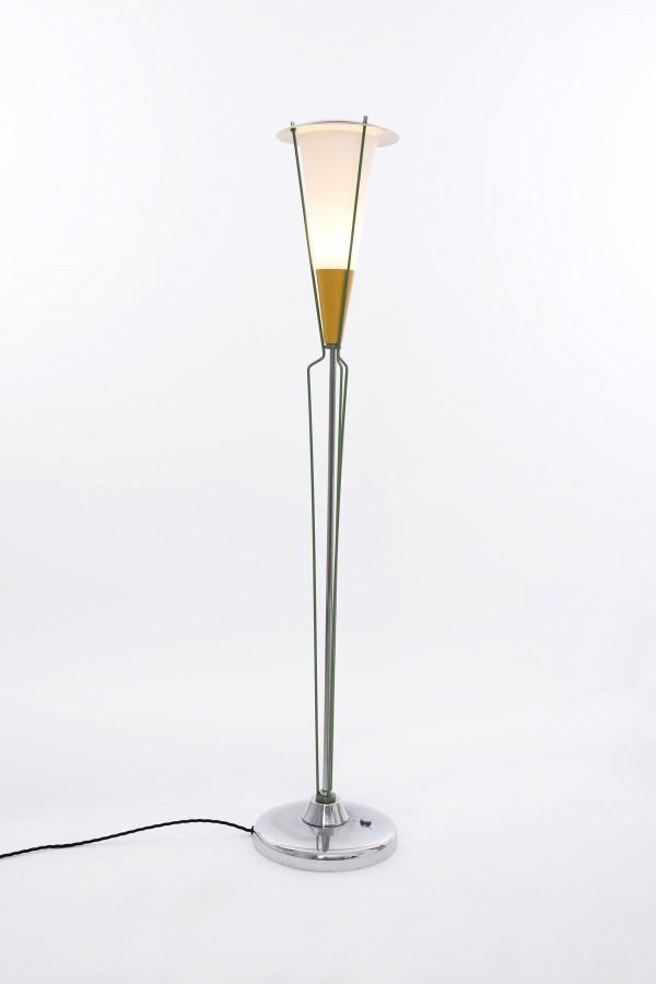 Stehlampe | Firma Drupol